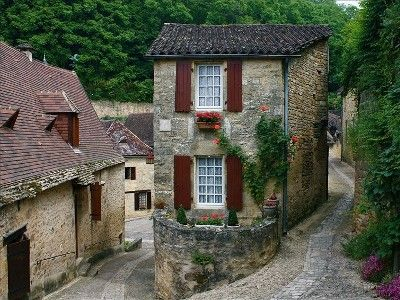 Cottage vacation rental in Beynac-et-Cazenac from VRBO.com! #vacation #rental #travel #vrbo