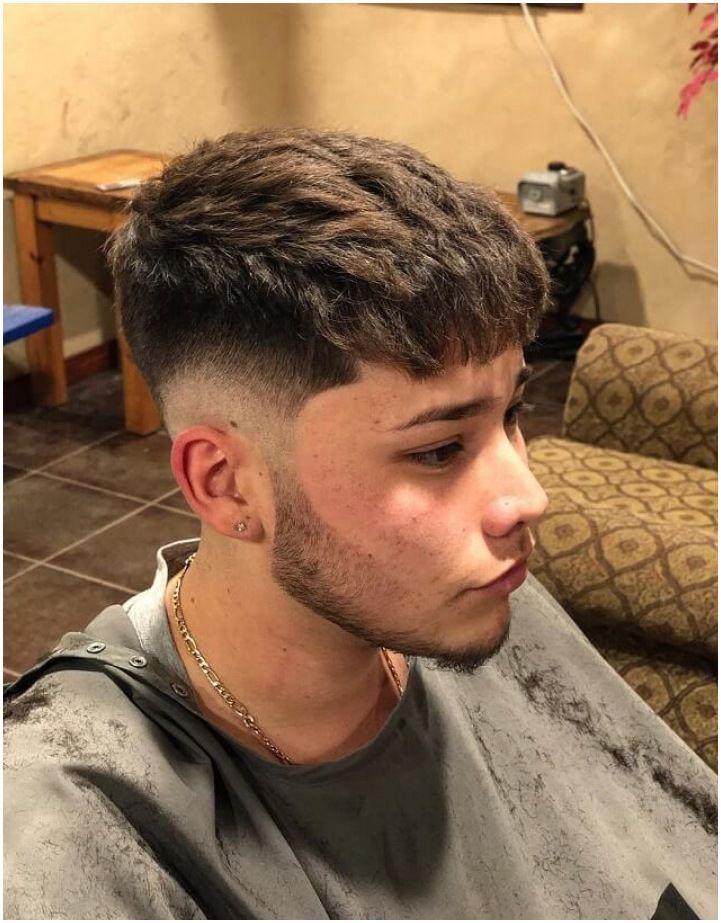 Low Fade Long Hair, Long Hair On Top, Young Mens Hairstyles, Haircuts For Men, Men's Hairstyles, Hairstyle Ideas, Low Fade Mens Haircut, Medium Fade Haircut, Textured Haircut