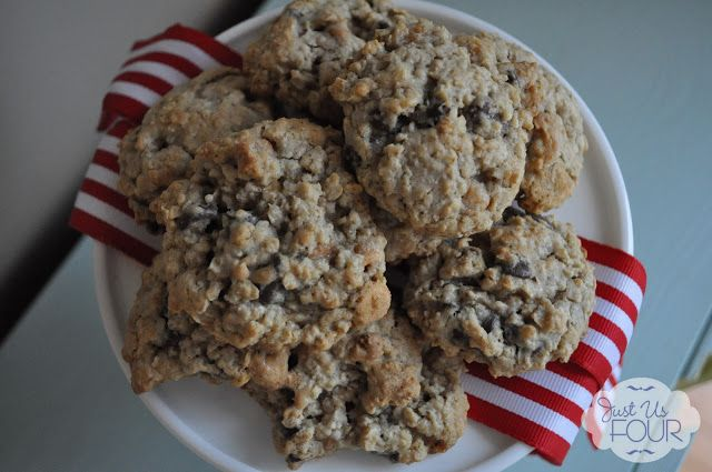 Chocolate Chip Oatmeal Scotchies #holidaytreats - Just Us Four