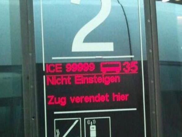 Oh nein, der arme Zug. | 23 Bahn-Fail, die niemals aufhören lustig zu sein
