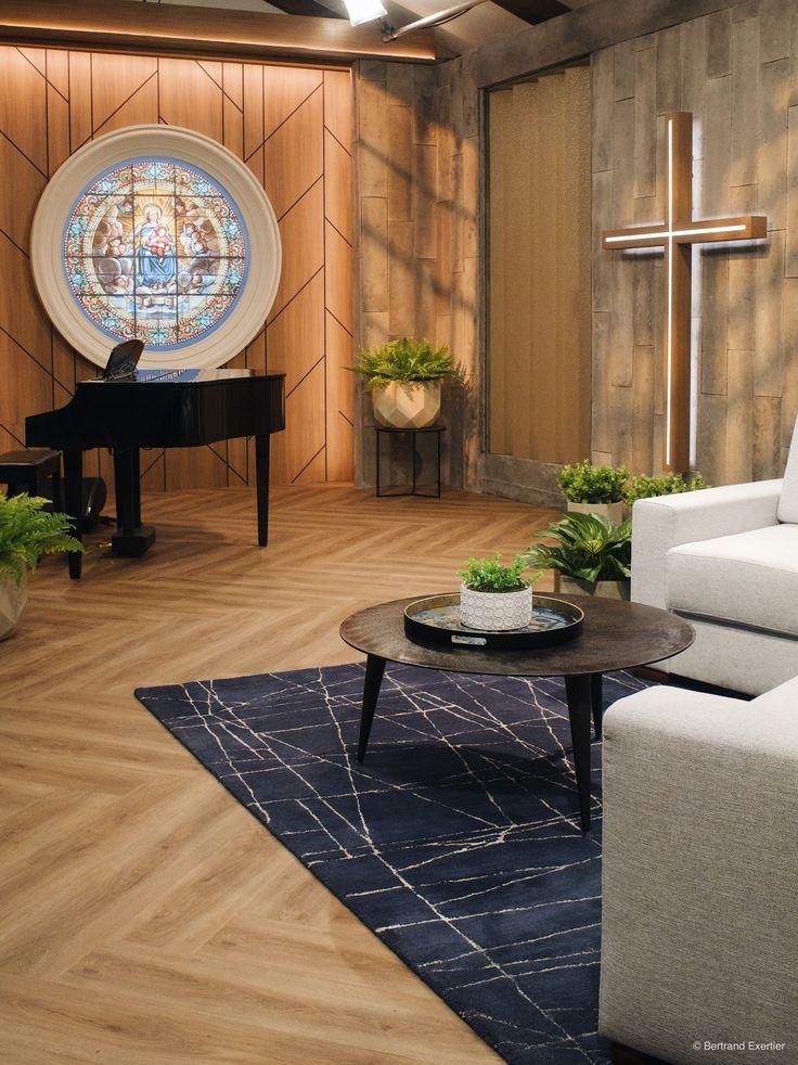 Herringbone installation luxury vinyl by Beaulieu