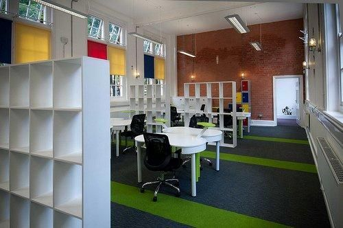 Heckmondwike's Array Carpet tiles in Lime accented with Broadrib Carpet tiles in Lime installed in The Wallis Building in Nottingham's Lace Market. Managed by Bildurn Properties, the Wallis building offers workspace for tech innovators and entreprenuers in a likeminded and collaborative environment.