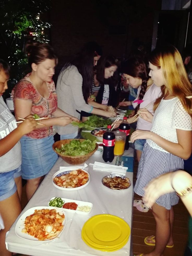 Russian Guests' Barbecue Party - YE'4 Guesthouse, Seoul