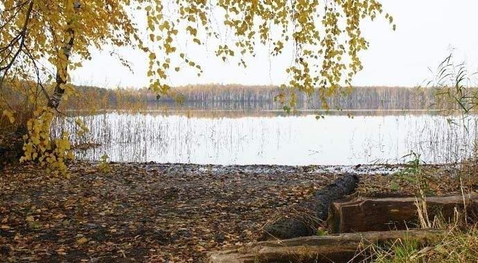 На российском озере периодически возникает загадочный остров (2 фото) http://nlo-mir.ru/anomzona/47837-zagadochnyj-ostrov.html