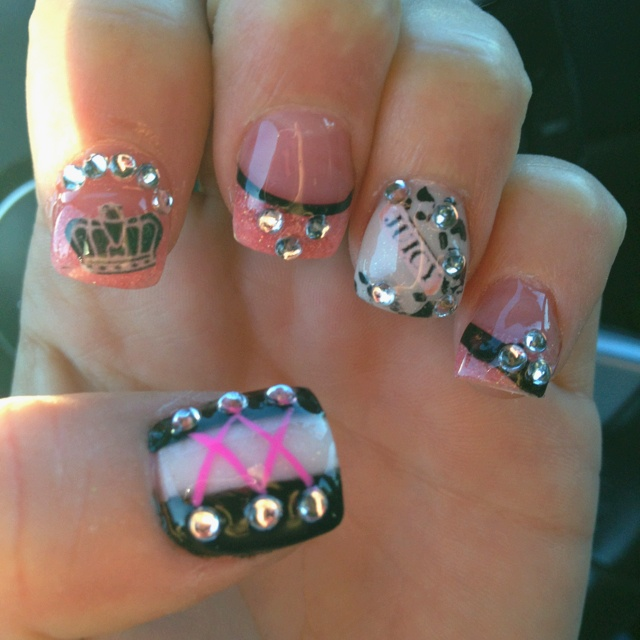61 best images about nails on pinterest nail art ed hardy tattoos and pink acrylic nails. Black Bedroom Furniture Sets. Home Design Ideas