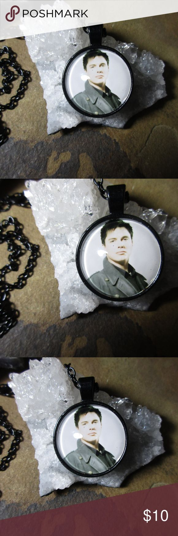 Jack Harkness Capitain Jack Doctor Who Torchwood Jack Harkness Capitain Jack Doctor Who Torchwood, the biggest rascal in the universe. Famous for his roles in both Doctor Who and the spin off series Torchwood, this is a great pendant necklace in black on a 20 inch chain with his likeness in his blue woolen coat. Accessories Jewelry