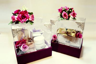 Magenta Suede Seserahan Boxes #wedding #gift #tradition www.sentrabungaseserahan.blogspot.com