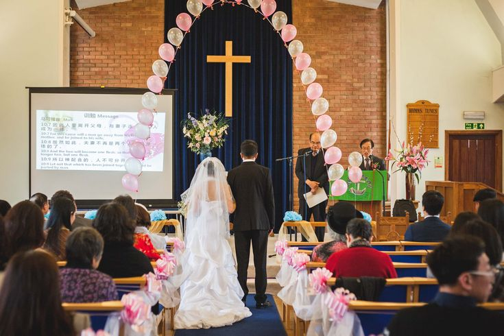 What a lovely group of friendly Chinese Christian and couple! We have provided them wedding photography and videography service in a small warm church in Croydon, London. https://www.facebook.com/LondonChineseWedding/?ref=bookmarks 在一個溫暖的教會裡(Croydon, London CCIL堂)我們提供一對可愛的華人基督徒夫婦婚禮攝影和攝影服務。  https://www.facebook.com/London-Engagement-Wedding-Photography-and-Videography-1547845602171994/?success=1  https://www.facebook.com/TheSnapshotCafe/  #摄影师##视频##MV##wedding# #婚禮# #伦敦##婚姻##英国#…