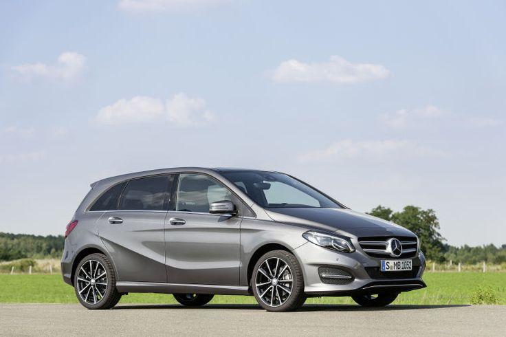 """Mercedes B200: """"B"""" wie """"besser"""" – Mercedes spielt Golf Die runderneuerte B-Klasse hat kein Handikap und geht auf Nummer sicher. Zum Auto-Test: http://www.nachrichten.at/anzeigen/motormarkt/auto_tests/Mercedes-B200-B-wie-besser-Mercedes-spielt-Golf;art113,2005276 (Bild: Daimler AG)"""