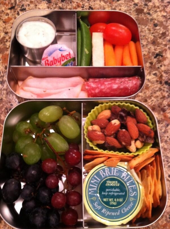 My first bento boxes for my husbands lunch. So cute! #Lunchbots