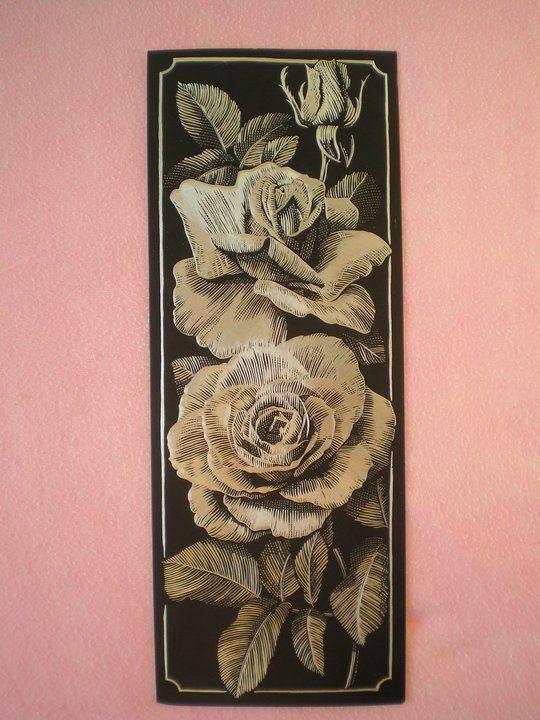 Růže (škrábáno na stříbrném podkladě)