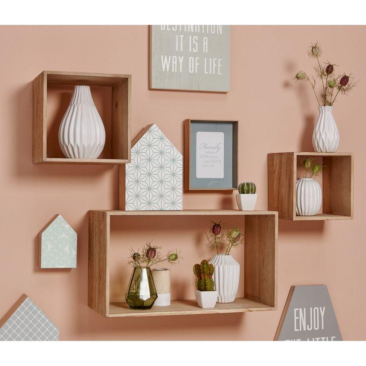 Keramieken vaas Castello en glazen vaas Faches zijn nu verkrijgbaar in verschillende kleuren. #woonahaves #kwantum #kwantum_nederland #daarwoonjebetervan #interior