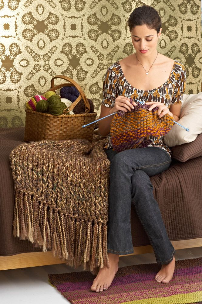 6-Hour Afghan in Lion Brand Homespun - 80216AD. Discover more Patterns by Lion Brand at LoveKnitting. The world's largest range of knitting supplies - we stock patterns, yarn, needles and books from all of your favorite brands.