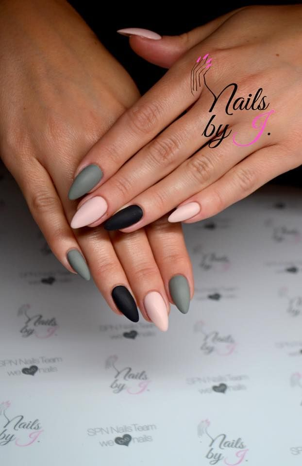 Lik'it colors for Nails