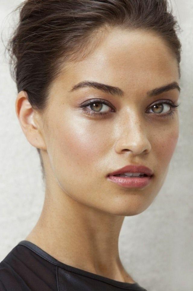 17 meilleures id es propos de peau mate sur pinterest beaut de la peau sombre belles - Maquillage yeux marrons peau mate ...