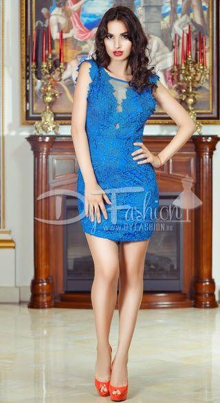 rochie scurta din dantela brodata eleganta