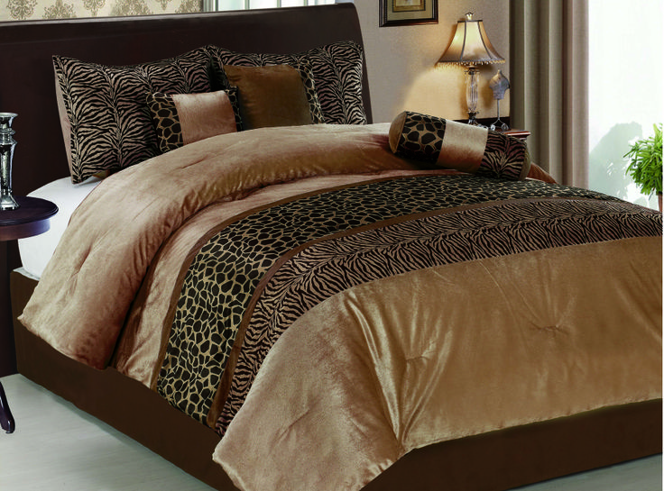 Animal Print 7 piece comforter set. Outer material is made