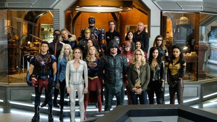 It's the most wonderful time of the year—that is, if you're a fan of TV stars from across the DC/CW joining together to celebrate both holy matrimony and punching Nazis in the face. Because Crisis on Earth-X, the next big crossover for Arrow, Flash, Supergirl, and Legends of Tomorrow is here, and we finally have our first good look at it.