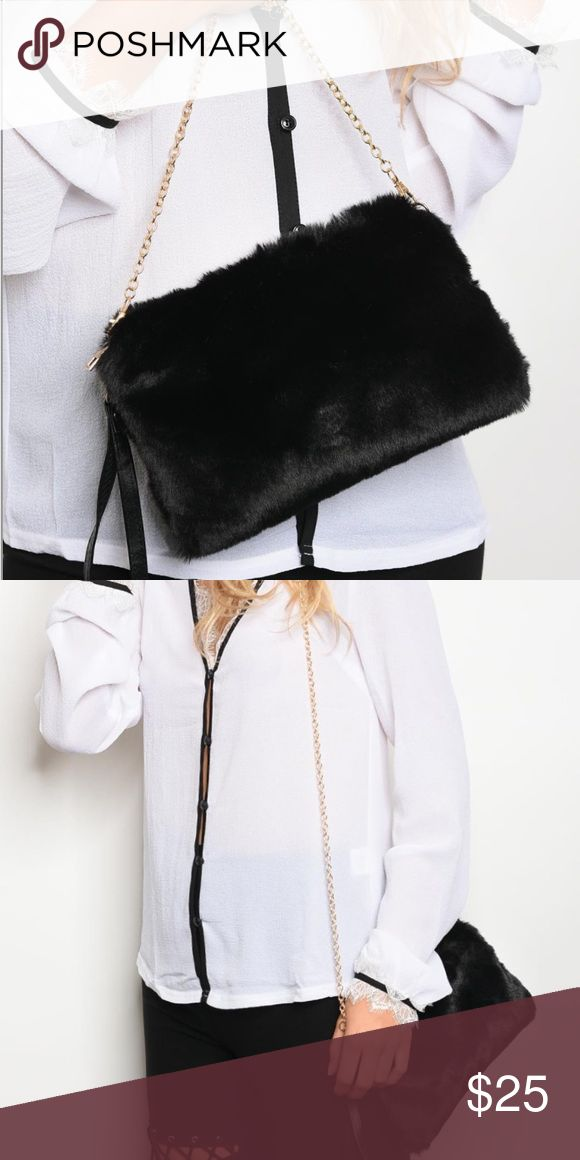 Faux fur chain handbag • can be worn on shoulder or as a clutch  • faux fur material Bags Shoulder Bags