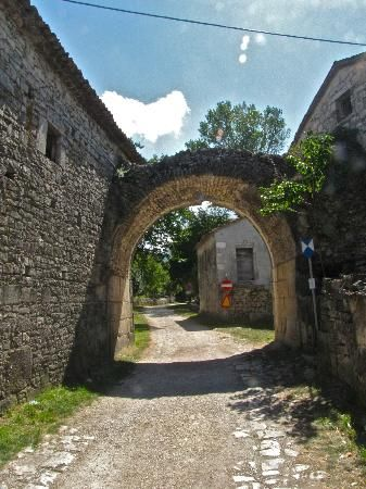 Saepinum:  Ancient Ruins in Sepino, Italy