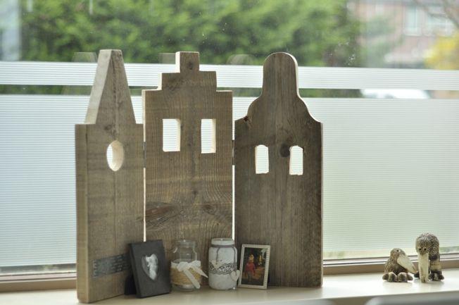 Houten grachtenpandjes                                TG Huisjes en cadeautjes van hout