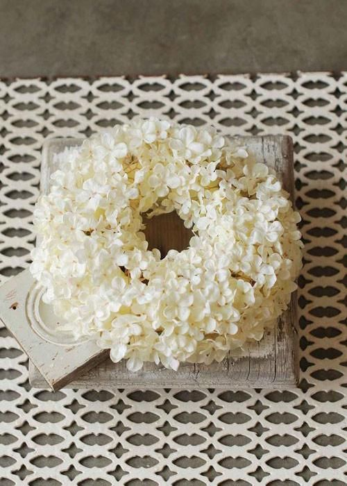 "Silk Hydrangea Wreath in Cream 11.5"" Diameter"