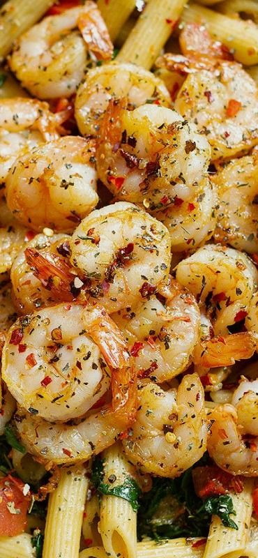 This Tomato Spinach Shrimp Pasta is Healthy, light, delicious comfort food.— Eatwell101