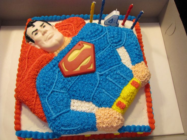 A Superman Cake -- just wow! thats a masterpiece!