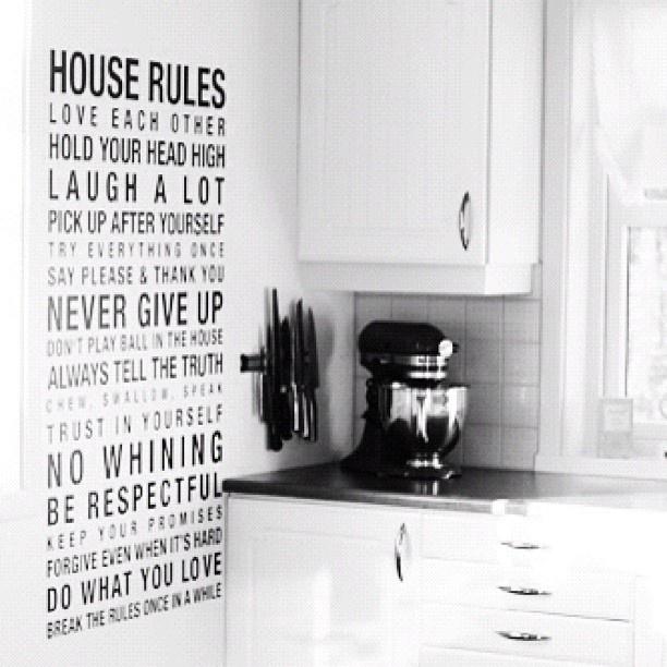 Ny wallsticker på kjøkkenet; house rules! #newblogpost #myblog #kitchen #wallsticker