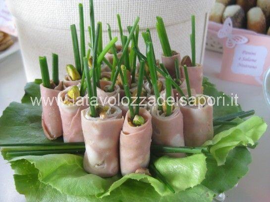 Involtini di Mortadella   http://www.latavolozzadeisapori.it/ricette/involtini-di-mortadella