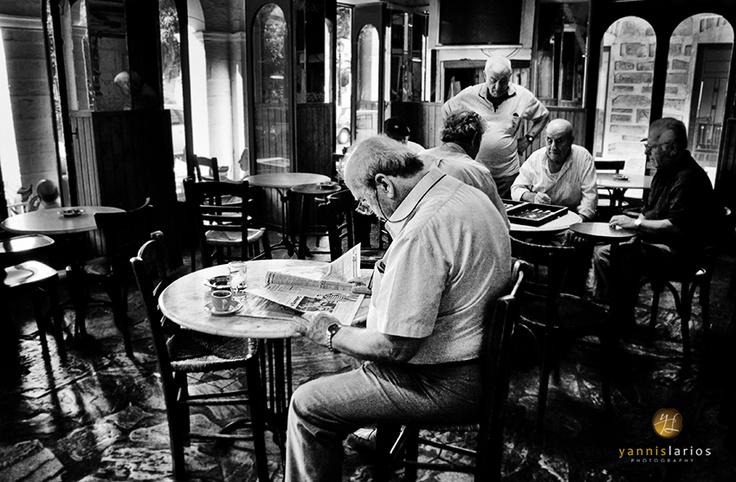 Traditional Kafenio at the Central Square of Ermoupolis, Syros - pinned from http://www.yannislarios.com