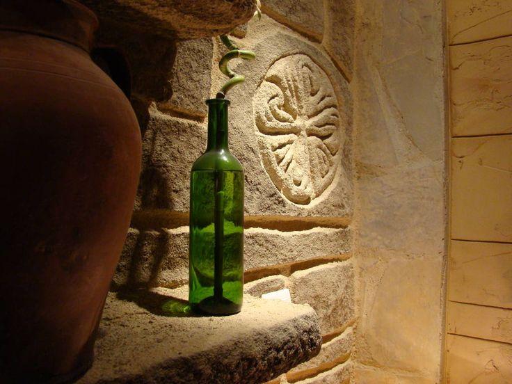 (de LuisyAnacb) verde botella y rojo cántara.