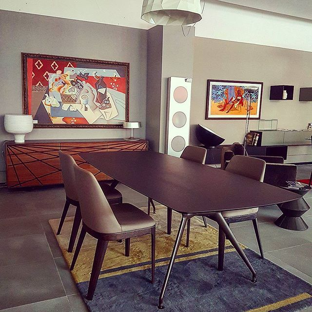 Complete composition for a #classy #livingroom when #living means #cozyplace