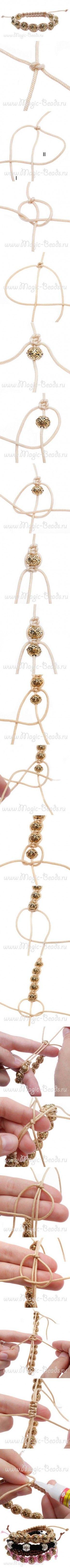 Nog een voorbeeld van armbanden maken.