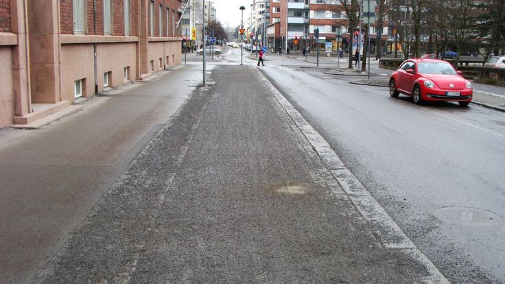 Cycling lanes get cleaned maybe in may, although the snow has melt in February.