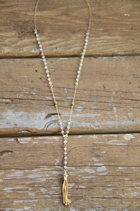 Moonstone rosario collana collana del di WanderandLustJewelry