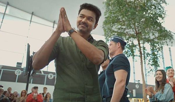"""Actor Vijay has conveyed his hearty thanks to one and all people & fans who made """"Mersal"""" a success movie. #KollywoodUpdates www.chennaiungalkaiyil.com"""