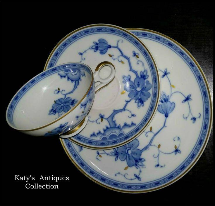 Wallendorf - Echt Kobalt, fine porcelain tea cup, saucer and plate, made in GDR, c. 1963.