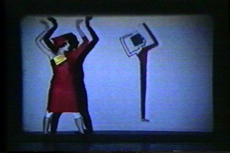 """""""Primitive Movers"""" de Kathy Rose hace 11 meses 4 semanas Aún sin calificación First performance with animation by Kathy Rose, in 1983. This piece has been performed extensively throughout the world including Cineprobe at MOMA NY, Walker Art Center, Harvard University and Dance Umbrella, Museum of Fine Arts/Pittsburgh, etc. These are excerpts from the 4 scenes in the 30 minute piece. Animation, performance by Kathy Rose. Costume by Mary Bright."""