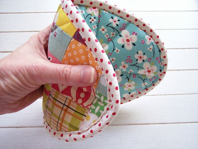 wonderful pot holder -- by sew take a hike