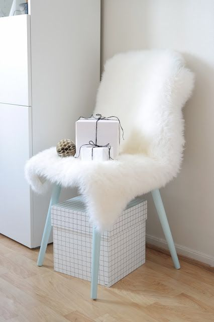 Scandinavian interior style. Streamlined christmas theme with black and white gift wrapping, and textured materials. Photo and styling: Wenche With