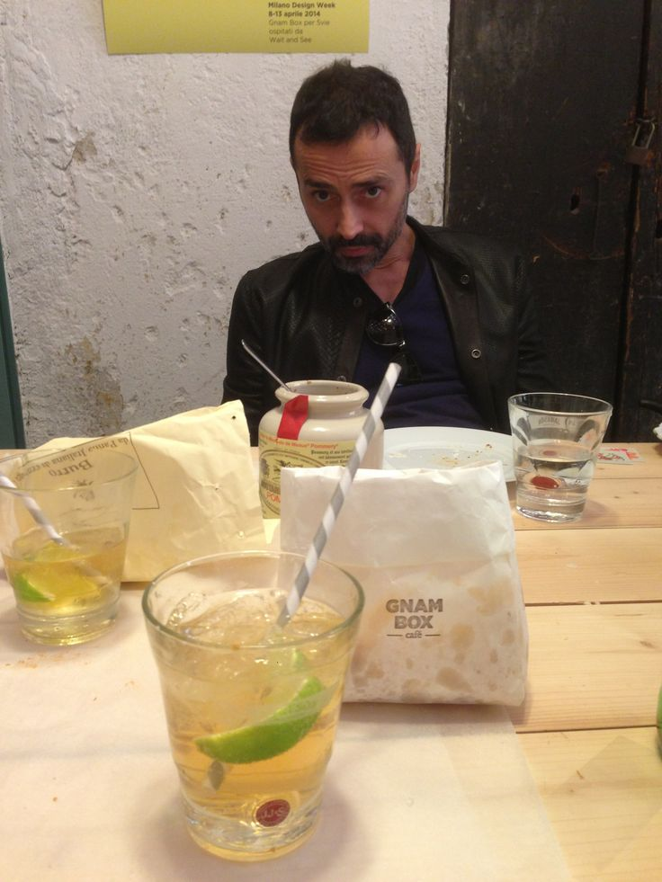 Day 6 - Fabio Novembre @ GNAM BOX CAFE Sunday Brunch #salonedelmobile2014 #fuorisalone2014 #fabionovembre #gnamboxcafe #5vie