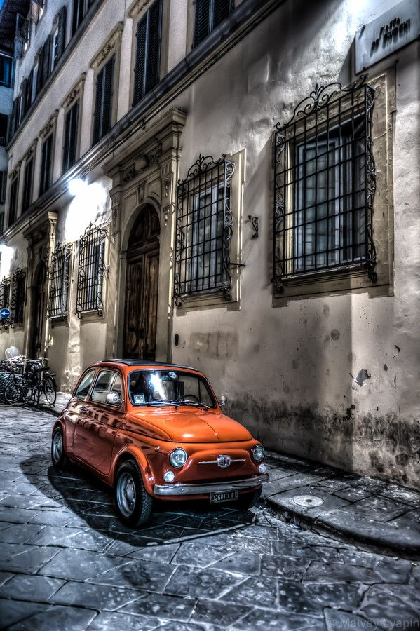 The red car    #TuscanyAgriturismoGiratola