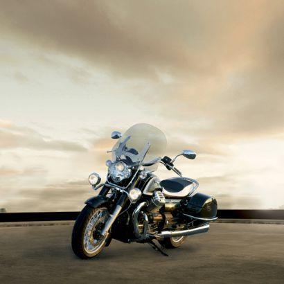 Moto Guzzi, Vespa & Piaggio Dealer: TLM Nijmegen :: Moto Guzzi