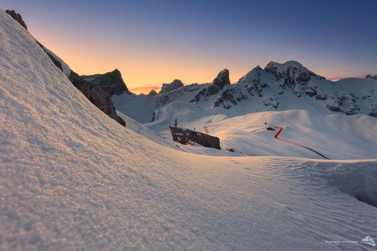 Passo Giau - suool sfondo il Monte Pelmo