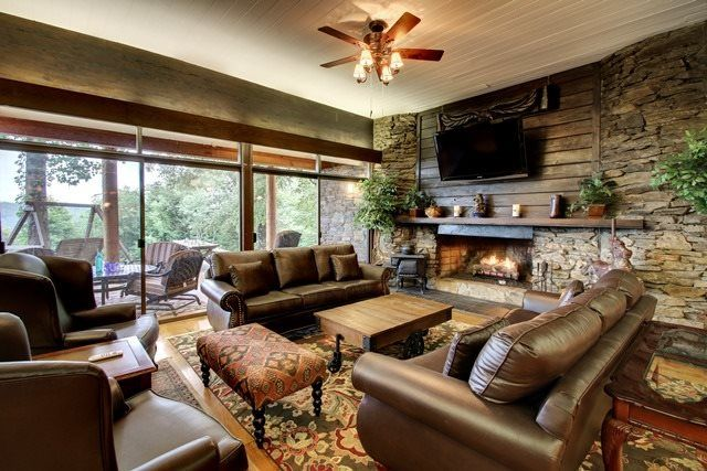 Helen, GA Cabin Rentals | Mountain Top Manor | Luxury Cabin with Spectacular Mountain Views