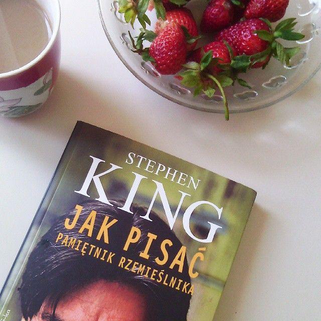 """Najnowsza recenzja na blogu. Stephen King, """"Jak pisać. Pamiętnik rzemieślnika"""" oraz kilka moich reminiscencji z wczesnej młodości na temat tego znanego powieściopisarza."""
