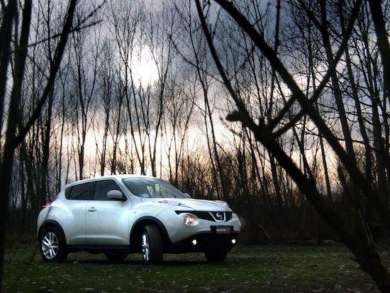 """Nissan Juke Tekna 4WD   PDF SCARICABILE  POTENZA VARIABILE per un VESTITO SEXY Look fuori dagli standard, accattivante anche a bordo, la Juke è riuscita a conquistare il mercato. E Le brillanti prestazioni della 4wd 190 CV sono l'essenza massimale del progetto. Il termine crossover, alias """"trasversale"""", appare azzecca..."""