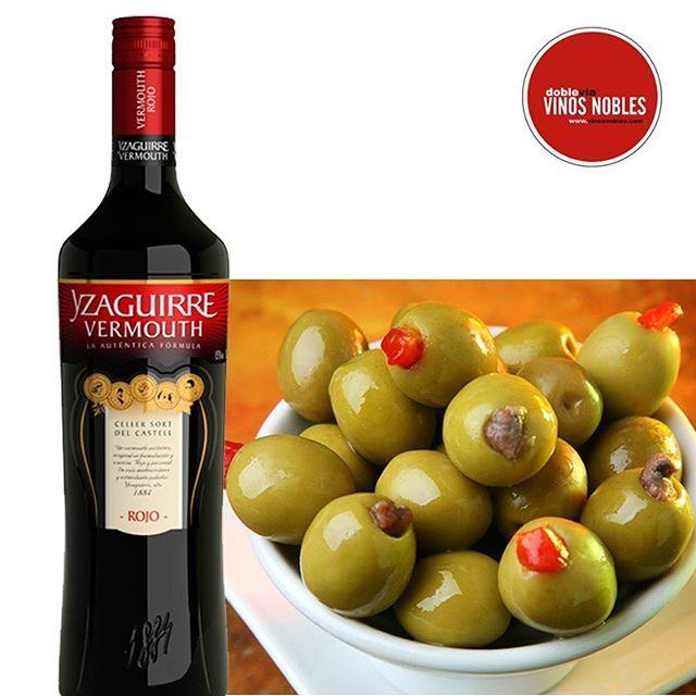 Nuestro Yzaguirre clásico rojo es perfecto para maridar unas jugosas aceitunas con anchoas. ¡Un buen inicio para una reunión perfecta! #VinosNobles Visita: http://bit.ly/1lPZZNJ