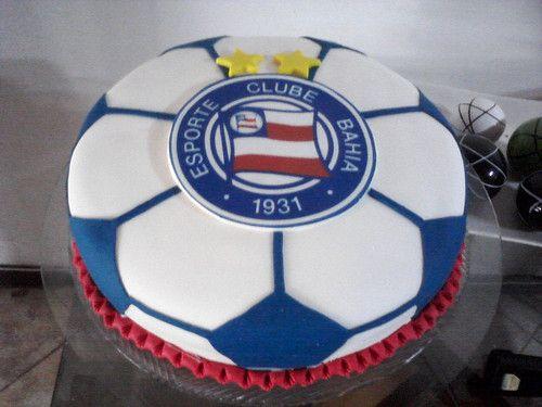 Bolo com o tema do Esporte Clube Bahia : Tatiana (71) 32866311 / 99151920…